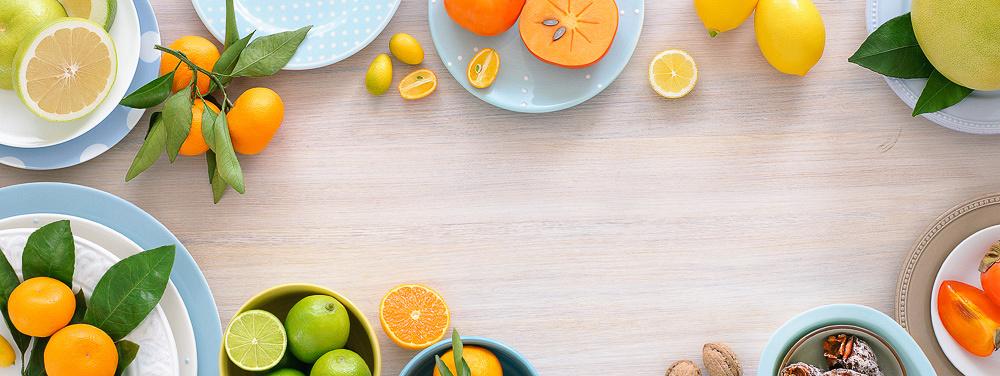 Съёмка сверху, стол с продуктами