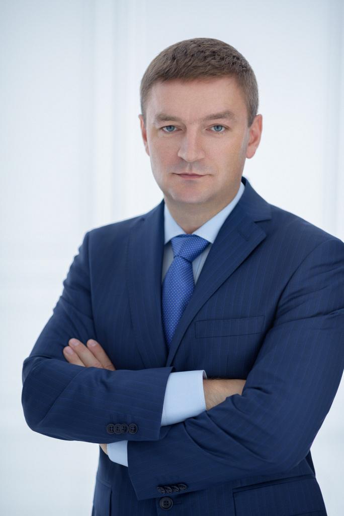 Бизнес-портрет мужчины в костюме
