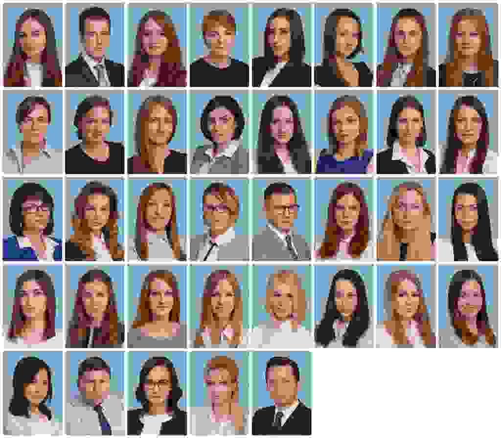 Продолжение бизнес-портретов на голубом фоне