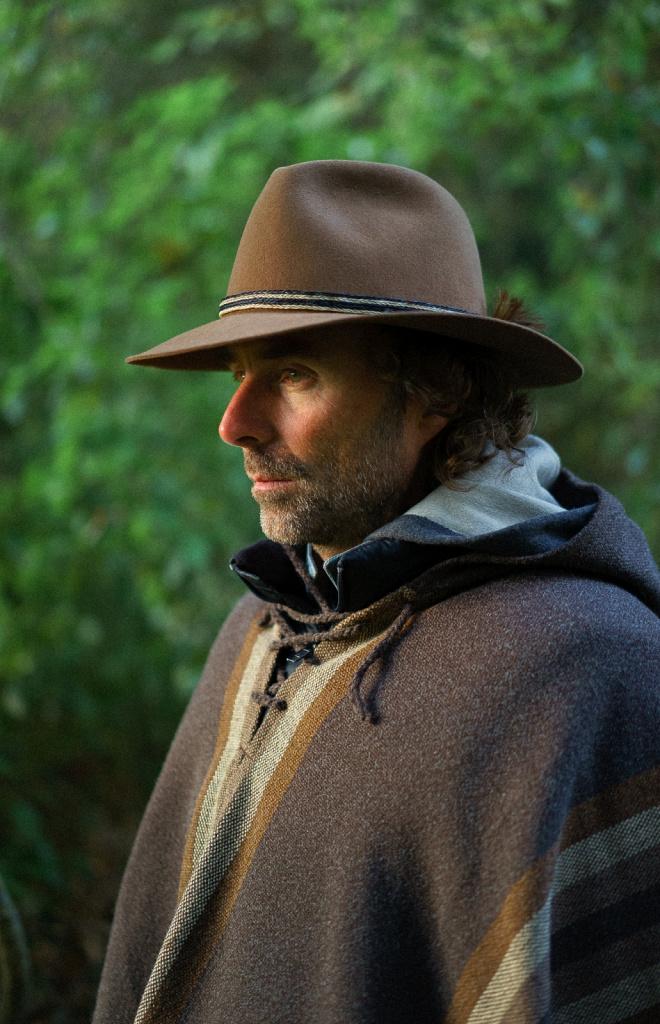 Портрет мужчины в шляпе