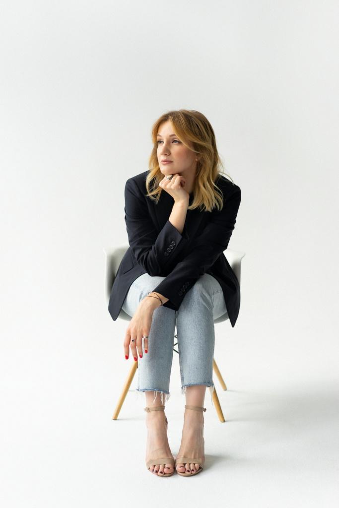 Портрет Ани в студии