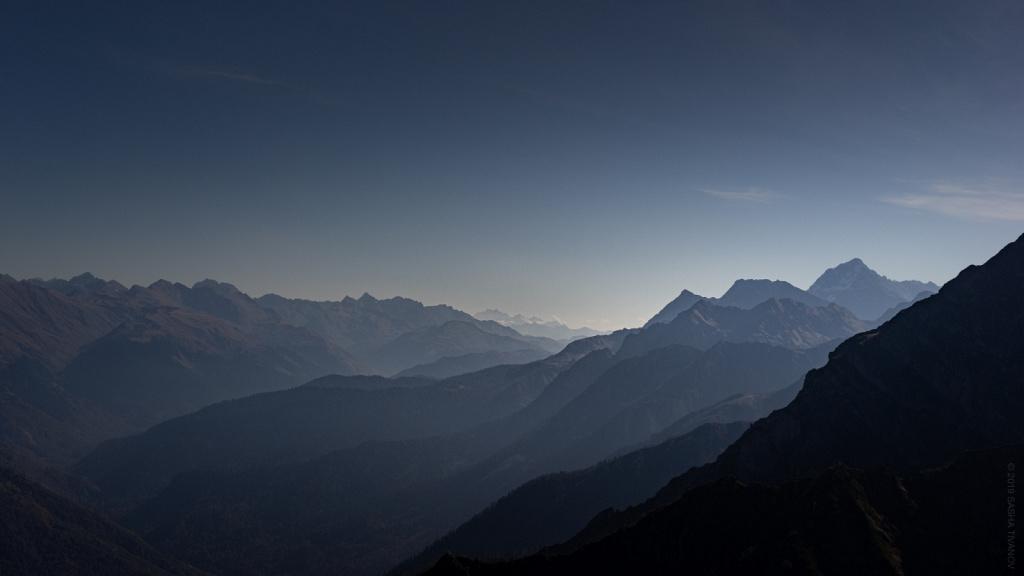 Дымка в горах